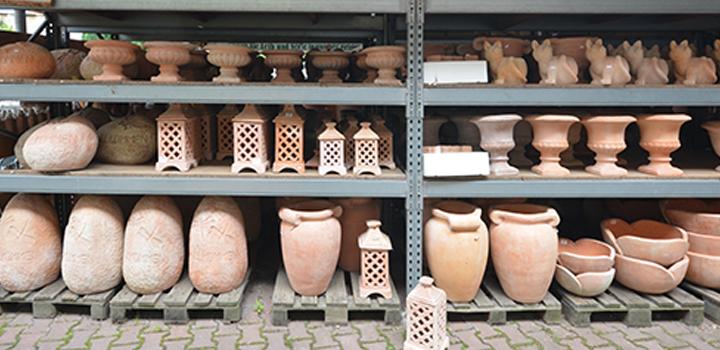 01 Aussengelände Terracotta